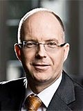 Lars Bosse, Spezialist in internationalen Wirtschaftsfragen